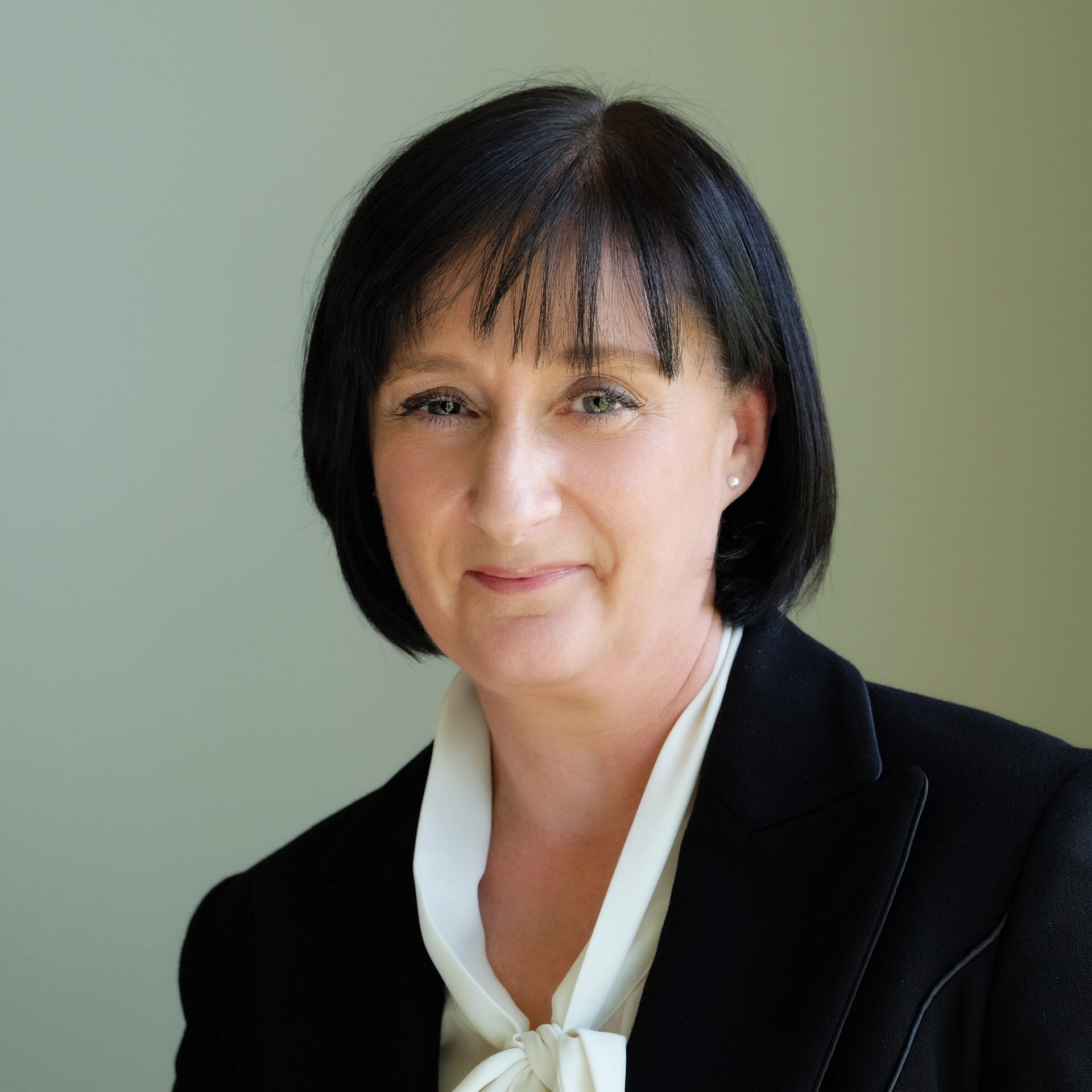Audrey McStraw appointed Associate Director & RICS Registered Valuer with CBRE