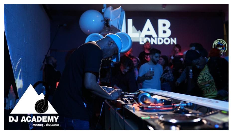 DJ ACADEMY:
